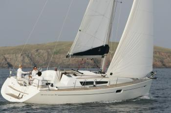 Yacht charter Sun Odyssey 36i (3 cabins) - England, South East, Gosport