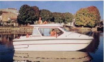 Yacht charter Riviera 750 - France, Languedoc-Roussillon, Bram