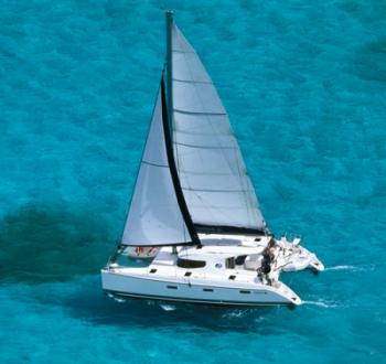 Yacht charter Nautitech 40 (4 cabins) - Caribbean, Martinique, Le Marin