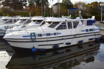 Yacht charter Tarpon 37 N - France, Languedoc-Roussillon, Homps