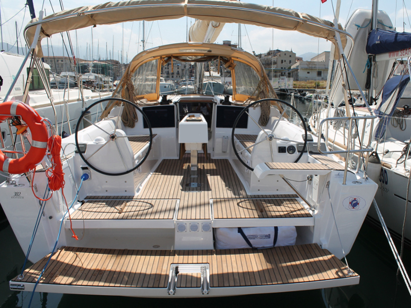 Yacht charter Dufour 382 - Italy, Sicilia, Palermo