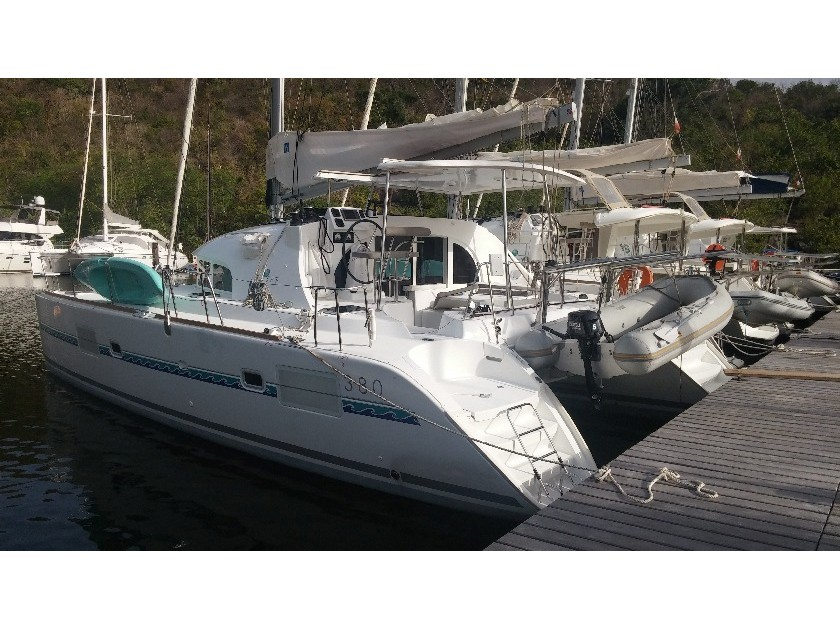Yacht charter Lagoon 380 S2  - Caribbean, Guadeloupe, Pointe-à-Pitre