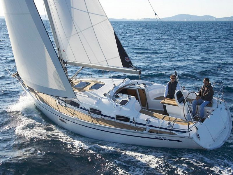 Yacht charter Bavaria 38 - Greece, Cyclades, Paros
