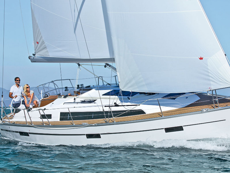 Yacht charter Bavaria Cruiser 37 - France, Corsica, Propriano