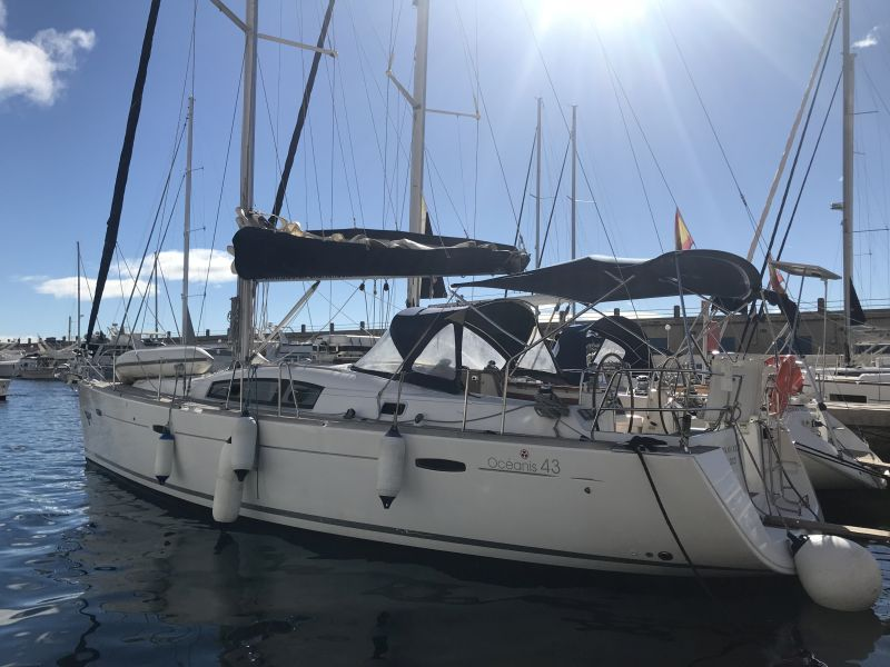 Yacht charter Oceanis 43-4 - Spain, Canary Islands, Radazul, Tenerife