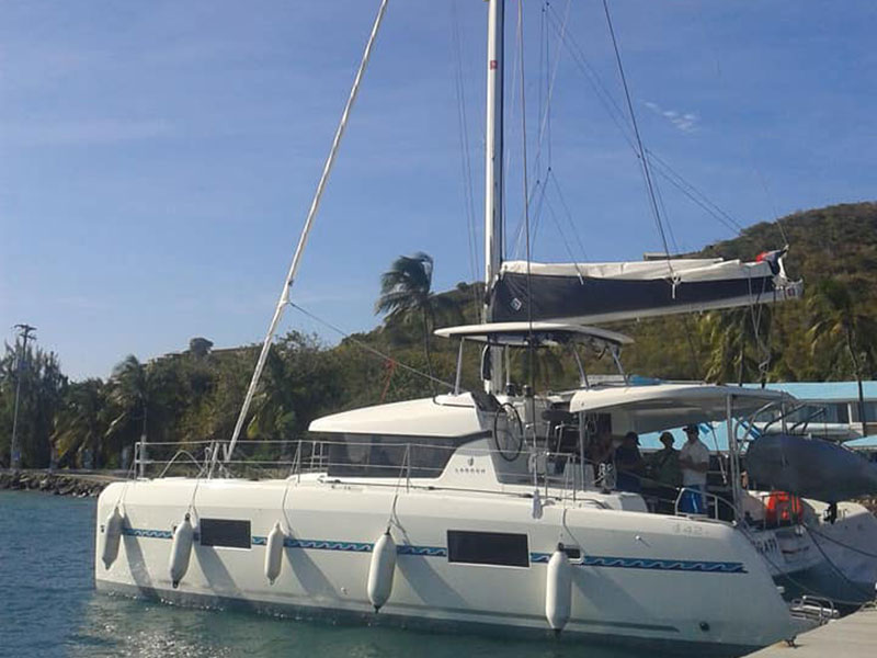 Yacht charter Lagoon 42 - Caribbean, Guadeloupe, Pointe-à-Pitre