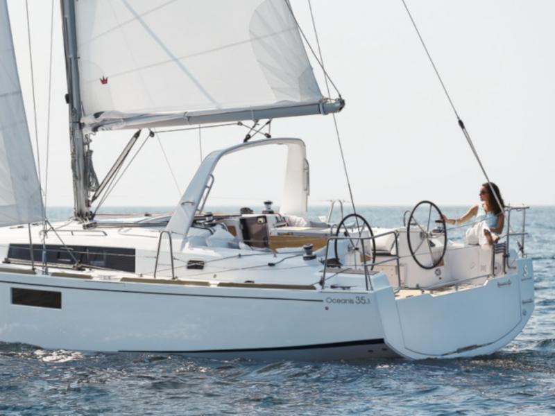 Yacht charter Oceanis 35.1 - Italy, Sicilia, Palermo