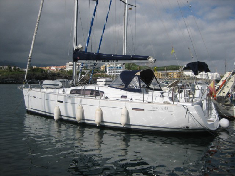 Yacht charter Oceanis 43 - Spain, Canary Islands, Santa Cruz de Tenerife