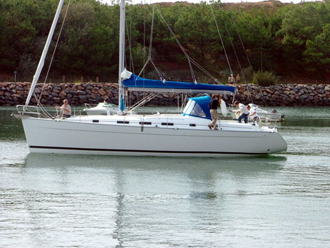 Yacht charter Beneteau Cyclades 43.3 - Italy, Sicilia, Palermo