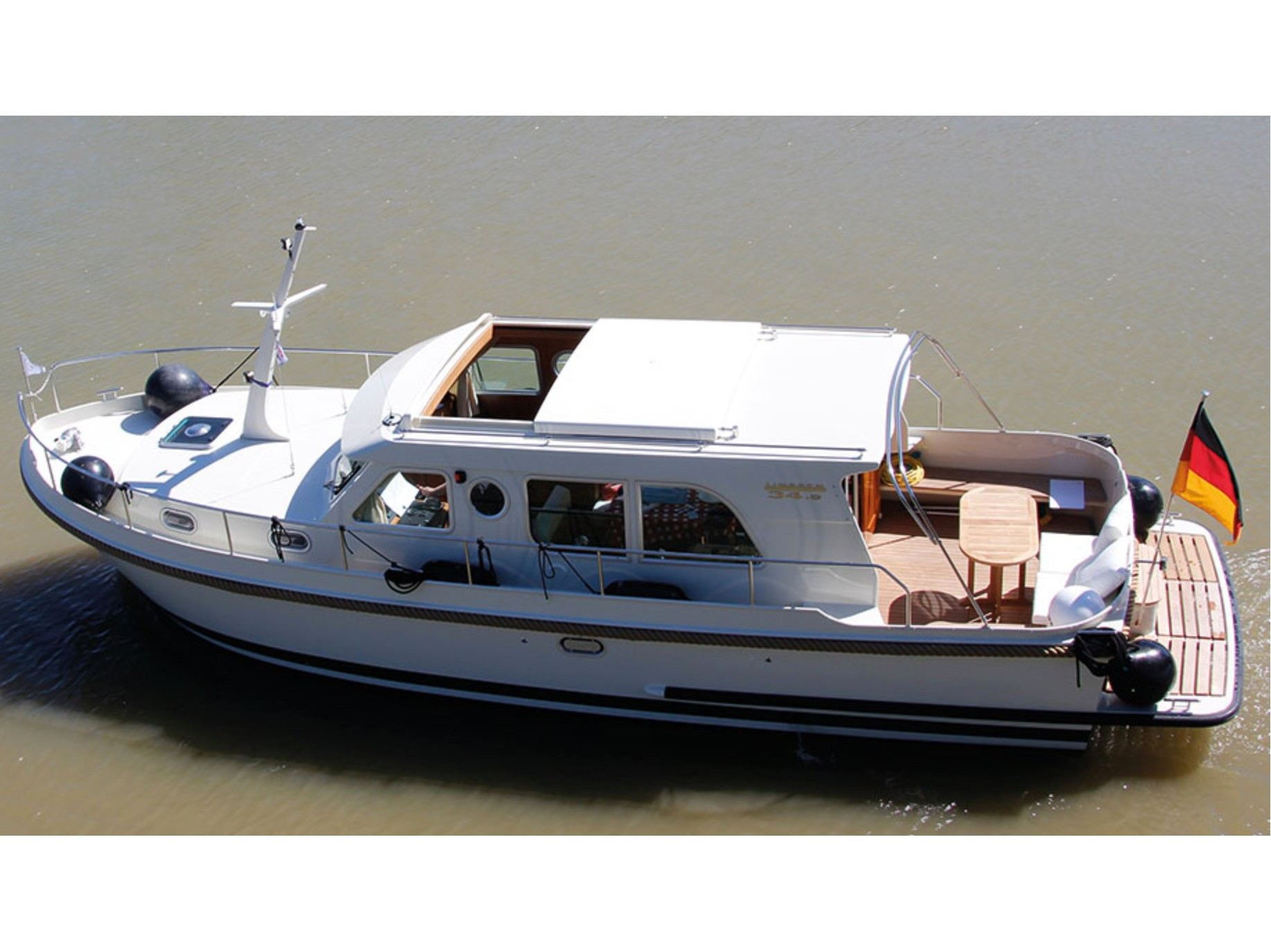 Yacht charter Linssen GS 34.9 Sedan - Germany, Brandenburg, Werder