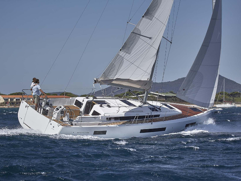 Yacht charter Sun Odyssey 440 - Spain, Canary Islands, Radazul, Tenerife